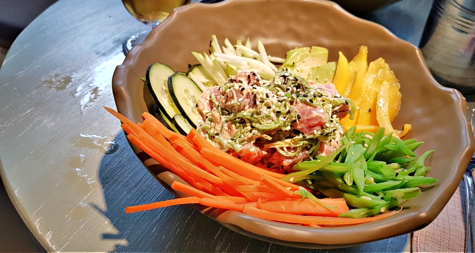 poke bowl en El Canadiense