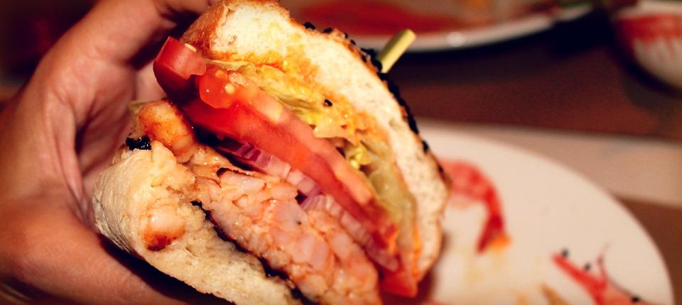 Home Burger Bar presenta el Pritzker de las hamburguesas