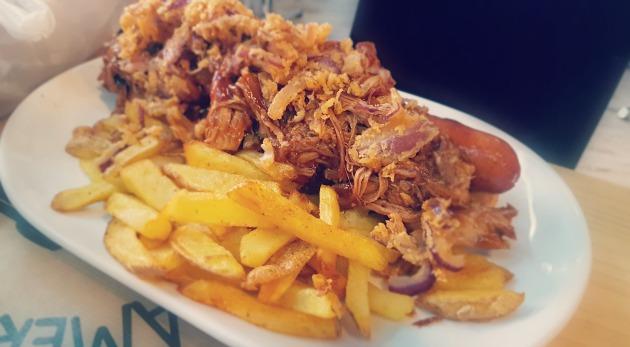 hot dog en foodtruck american dinner