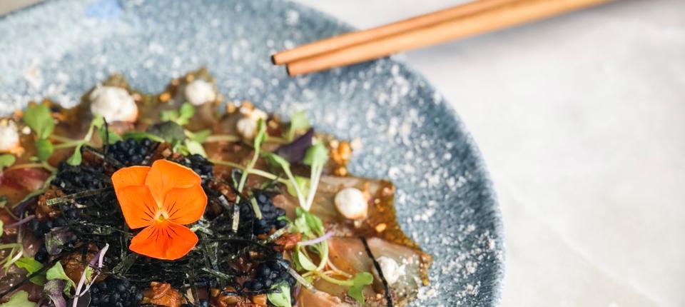 Raro Rare amplía su propuesta gastronómica con la cocina nikkei